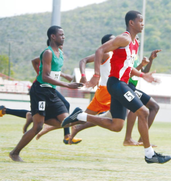 The stage is set for the boys 100m Under-18. [Photo: Anthony De Beauville]