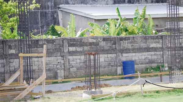 Construction work in progress on spectator Pavillion. [Photo: Anthony De Beauville]