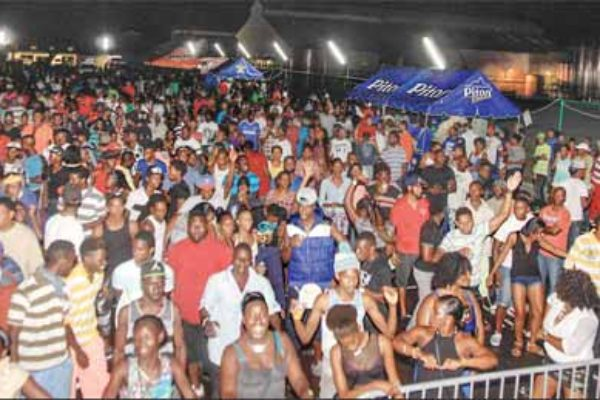 Picture of crowd at the semi finals in Vieux Fort