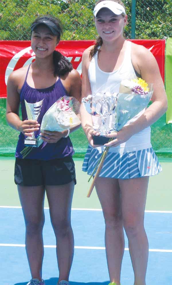 (L-R) 2015 under - 18 girls champion Kate Paulus and second place finalist Kianah Motosono. (Photo: NTC)