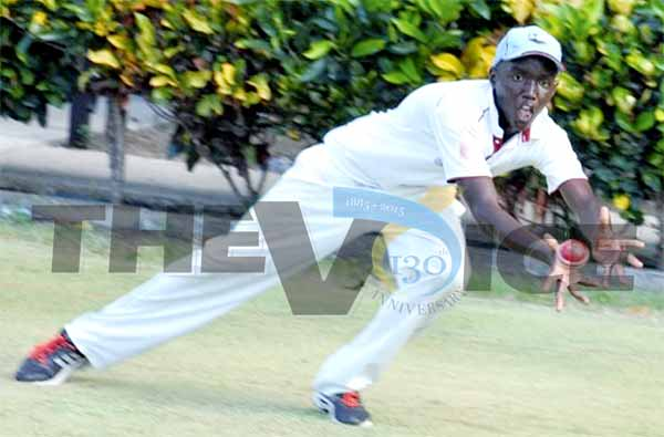 Kimani Melius displays exceptional fielding technique during a training session. (PHOTO: Anthony De Beauville)