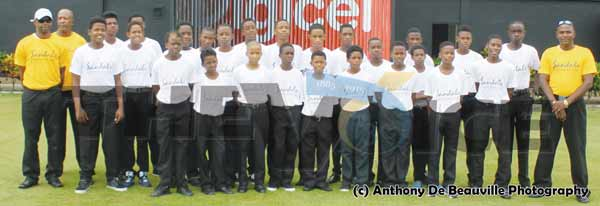 A picture moment for the 25 young cricketers and three coaches at Tuesday opening at the Bcg. [Photo Getty Images]