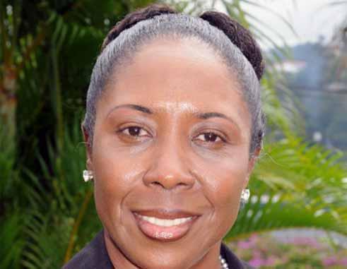 Minister Alvina Reynolds