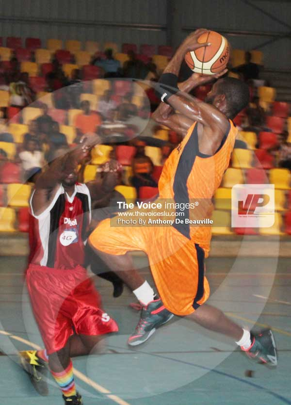 Image: Ron Dumurville one of the players from Castries playing in the SCBL.  [PHOTO: Anthony De Beauville]