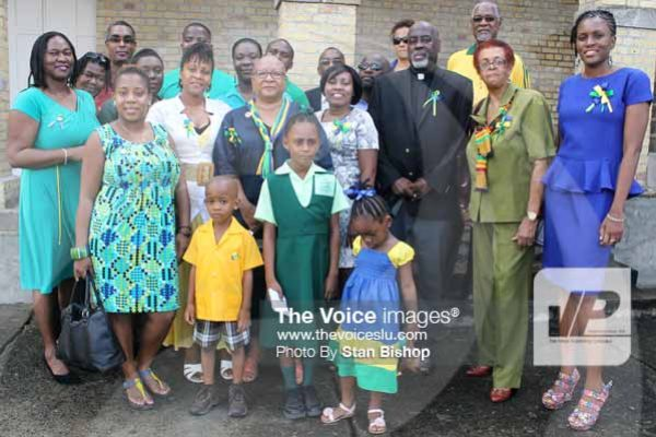 Image: Vincentian nationals celebrating their colours last Tuesday. [PHOTO: Stan Bishop]