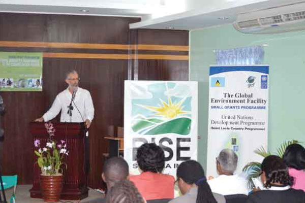 Image: Dr. Stephen King addressing the launch