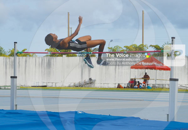 img: World ranked high jumper Levern Spencer clears 1.94 metres