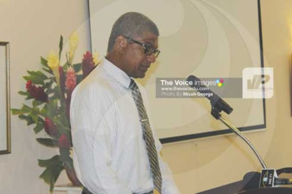 img:Commerce, Investment and Consumer Affairs Minister Bradley Felix