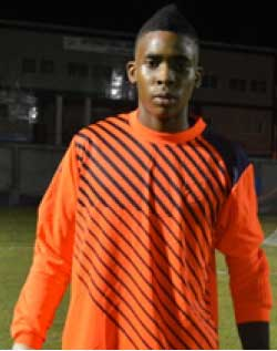 Image of VFS goalkeeper Leon Alexander (PHOTO: Anthony De Beauville)
