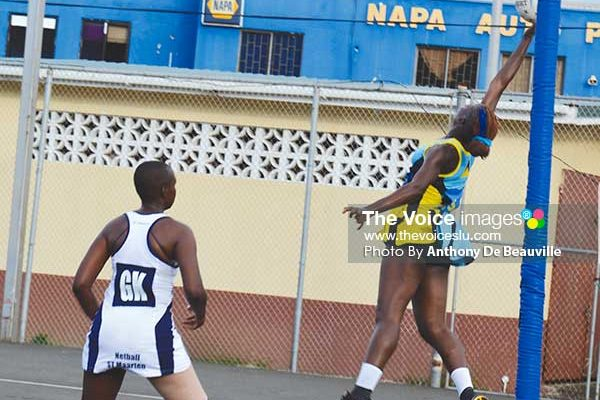 Image: Saint Lucia's captain Shem Maxwell air borne to collect a high overhead pass in the circle (Photo: Anthony De Beauville)