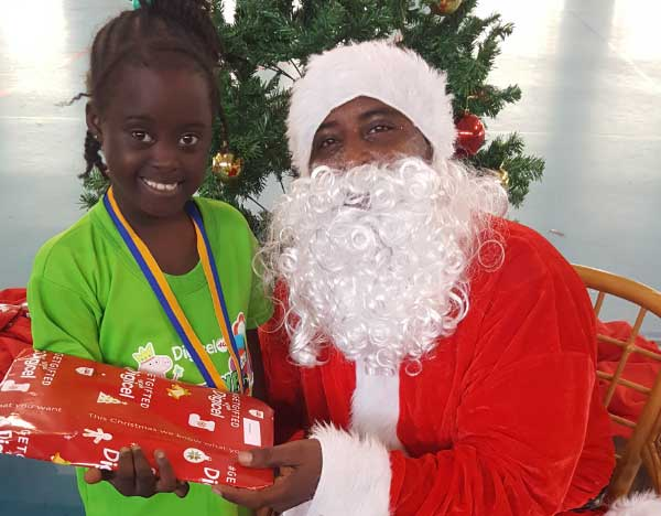 Image: Student gets gifted with Christmas wish