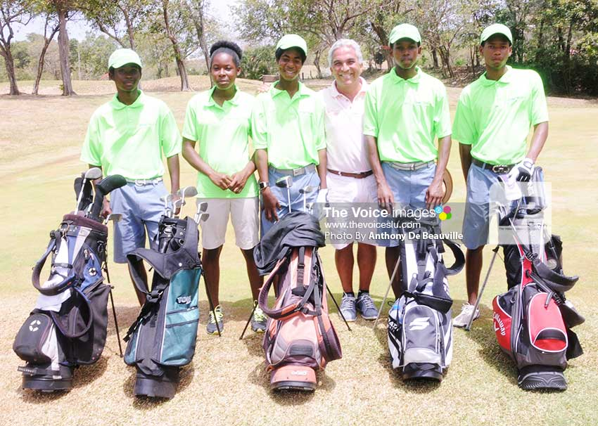 Image: Youth golfers set for the mission ahead as they take a timeout for a photo moment. (Photo: Anthony De Beauville)