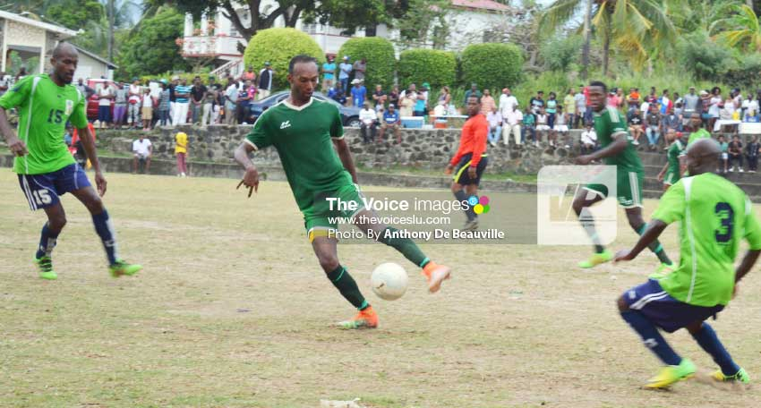 Image: Some of the action between Desruisseaux and Choiseul on Sunday. (Photo: Anthony De Beauville)