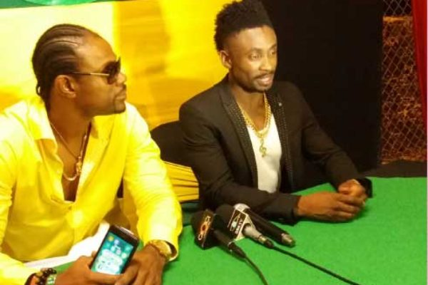 Image of Christopher Martin and D Major [PHOTO: Rochelle Gonzales]