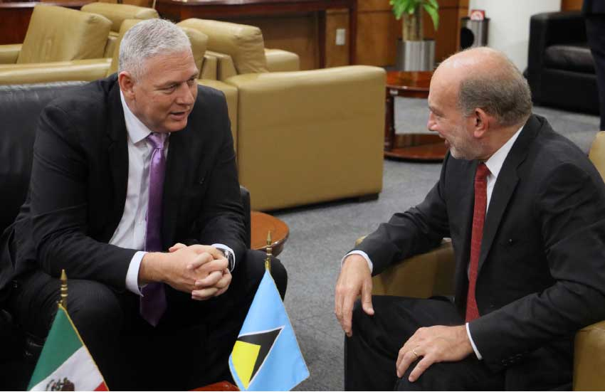 Image of Prime Minister Allen Chastanet is greeted by Ambassador Luis Alfonso de Alba Góngora, Under Secretary for Latin America and the Caribbean.