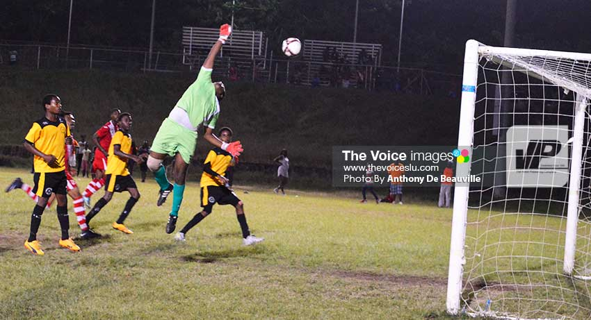 Image: Sports Locker Northern United custodian Stavone Gabriel makes a brilliant save to deny Linus Clovis a scoring opportunity midway into the second half. (Photo: Anthony De Beauville)