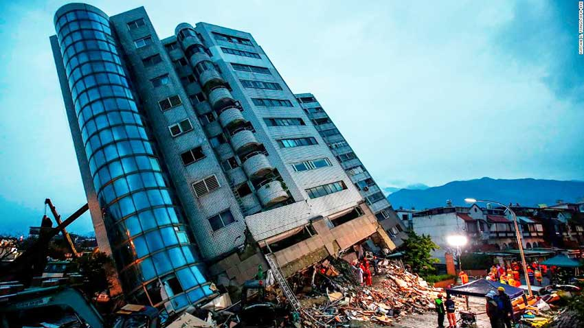 Image: A building in Taiwan collapses following the 6.4 magnitude earthquake in Hualien, Taiwan, last week.