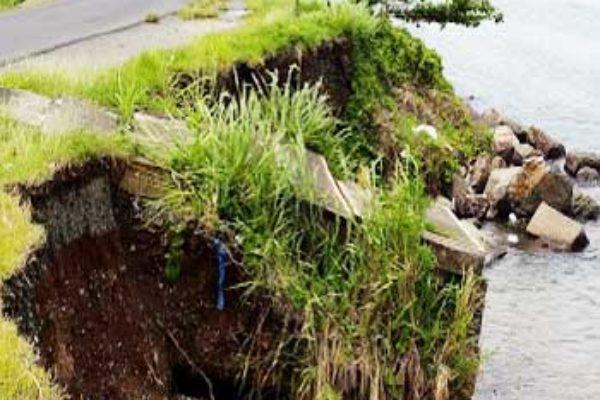 Image: Damaged culvert along Banannes coastline.