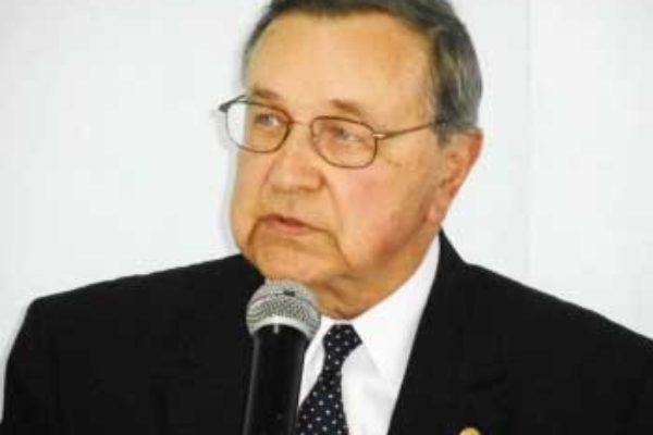Image of Dr. Ayers