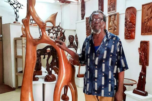 Image of Saint Lucian sculptor Vincent Eudovic.