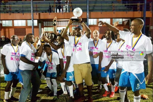 Image: Gros Islet celebrate their Super 10 Knockout victory. (PHOTO: Anthony De Beauville)