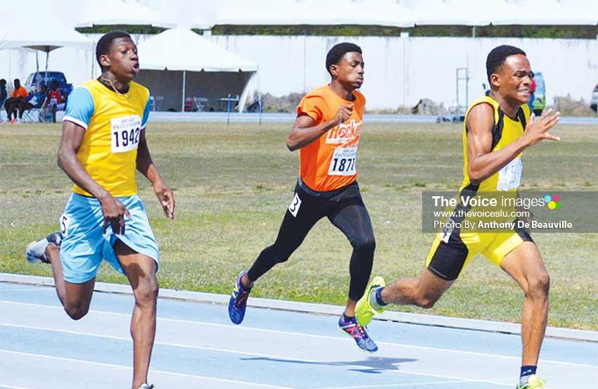 Image: (L-R) Boys 200 metres, No. 1942 - Edward Riyam, No. 1871 –Sirgio Mc Kenzie, No. 1590 – Kershel St.Rose. (PHOTO: Anthony De Beauville)
