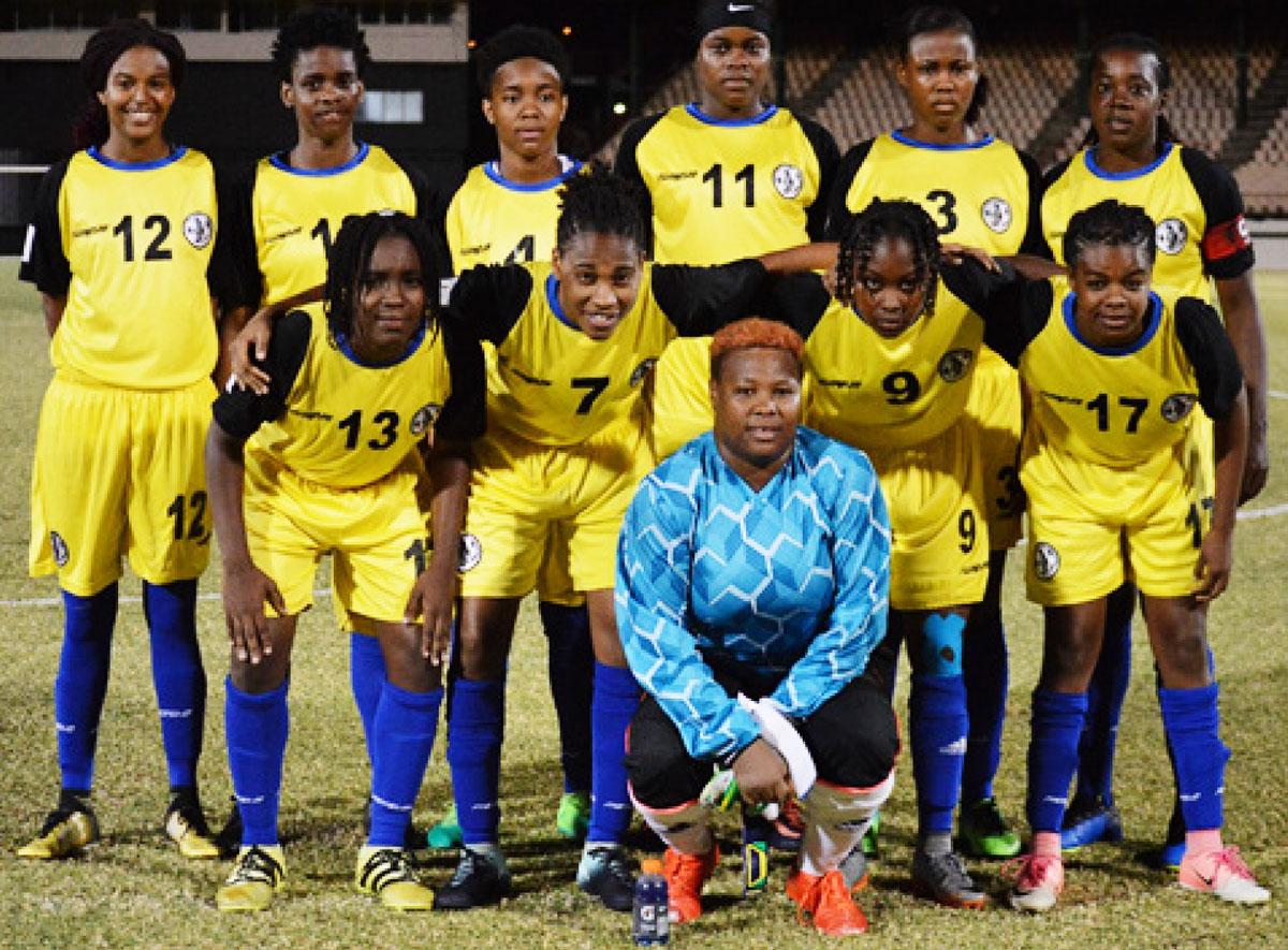 Imagen: Equipo de fútbol femenino senior de Santa Lucía.  (FOTO: Anthony De Beauville)