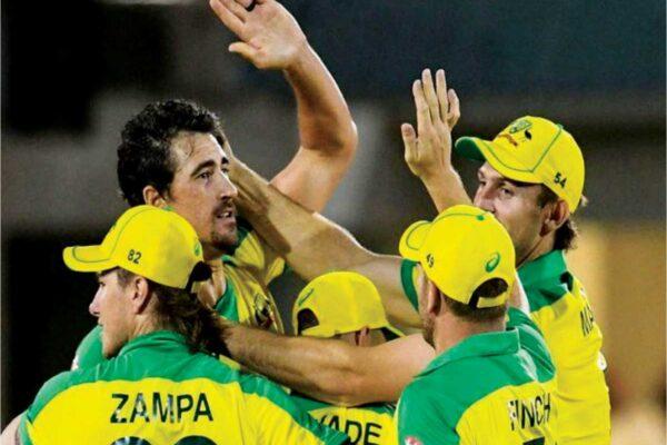 Australia celebrating clinching victory. (Photo: AFP/GI)